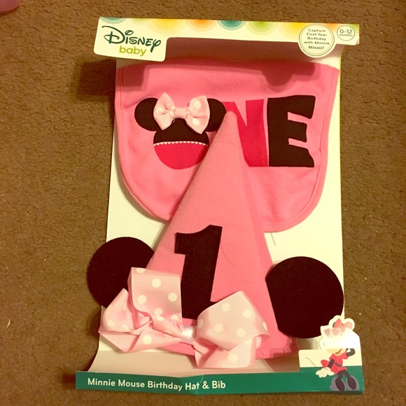 First Birthday Hat Bib